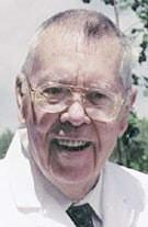 Dr Ralph Heinicke Pakar Buah Noni Dunia
